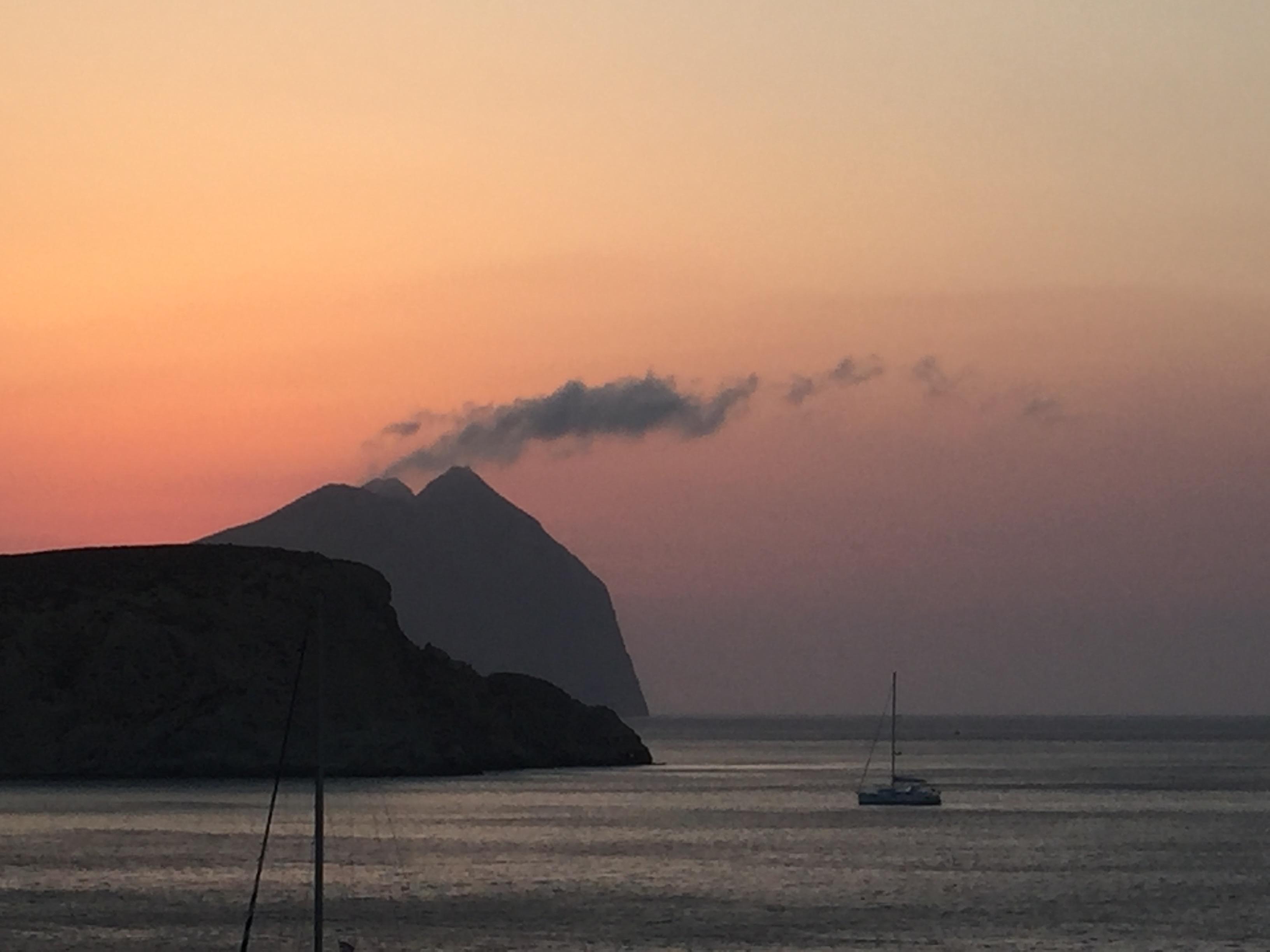 Le mont Kalamos vu du ferry le jour du départ.